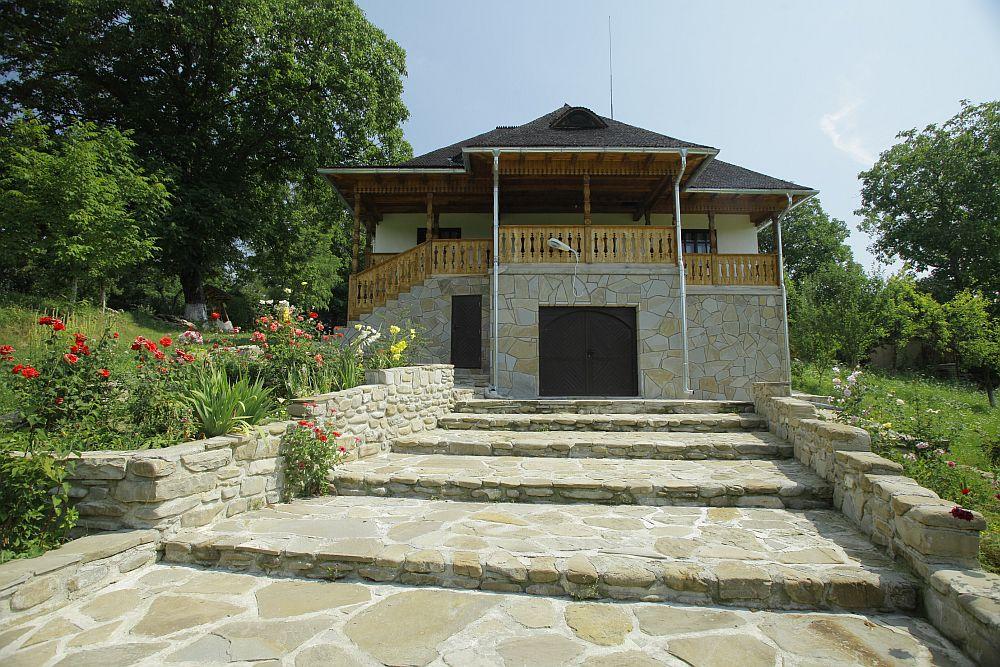adelaparvu.com despre casa traditionala romaneasca, casa cu arhitectura rustica romaneasca, arh. Doina Petrescu, foto Andrei Baltaretu (10)