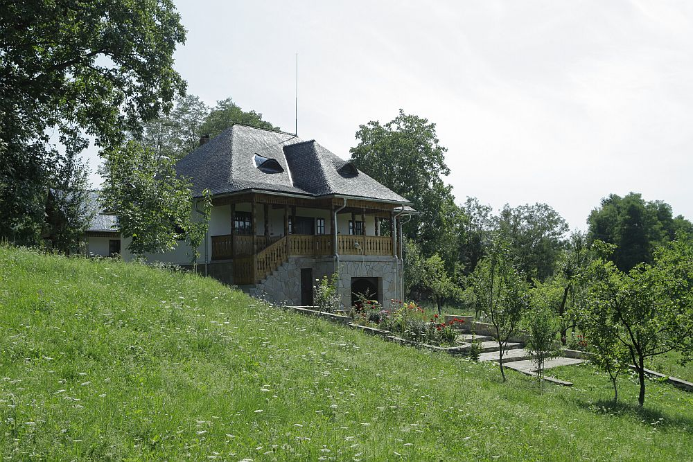 adelaparvu.com despre casa traditionala romaneasca, casa cu arhitectura rustica romaneasca, arh. Doina Petrescu, foto Andrei Baltaretu (6)
