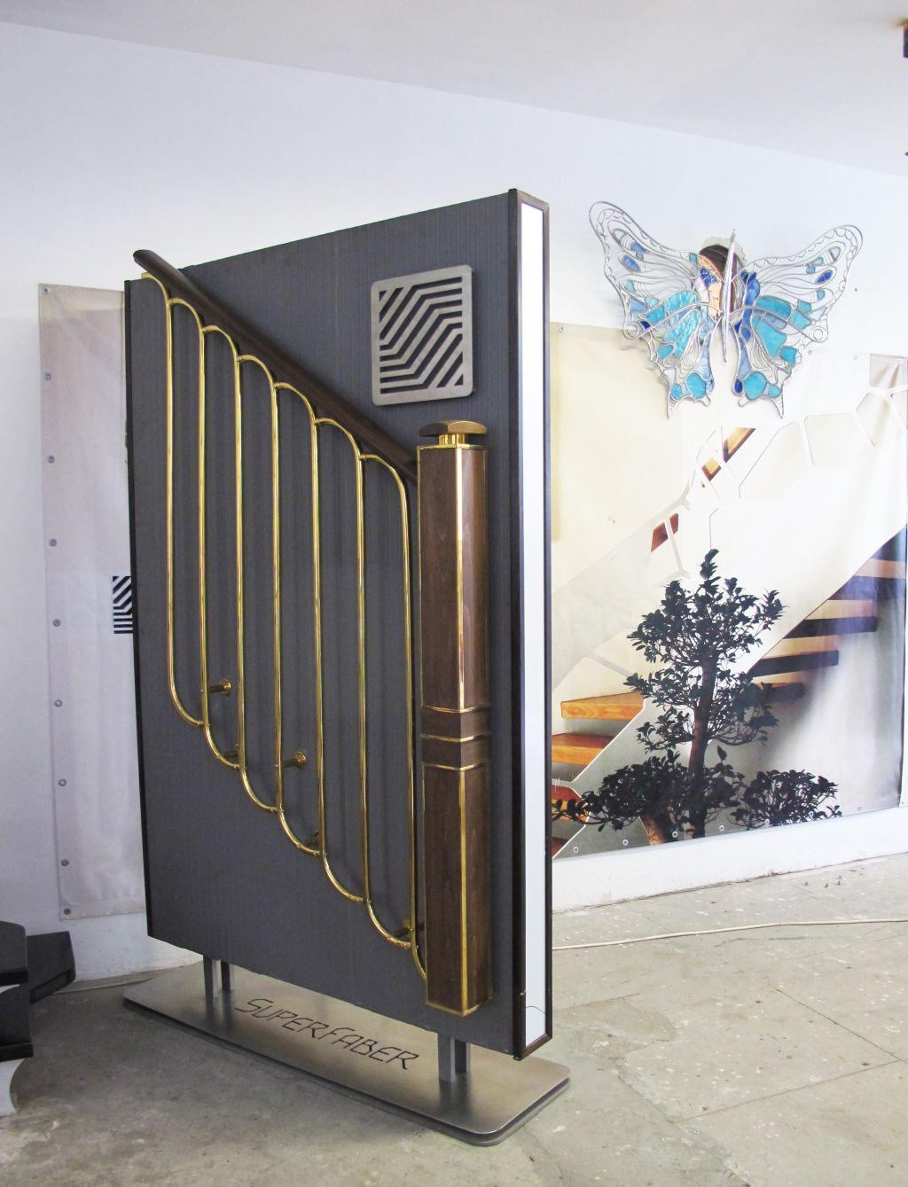 Model de balustrada si mana curenta in stil art decor de la SuperFaber