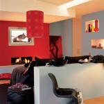 Dormitor cu nuanta rosie pe pereti Foto Copyright ©  Akzo Nobel