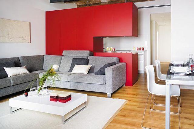adelaparvu.com despre separare cu mobila de bucatarie designeri Clara Masllorens si Guillermo Escobedo Foto Micasa (1)