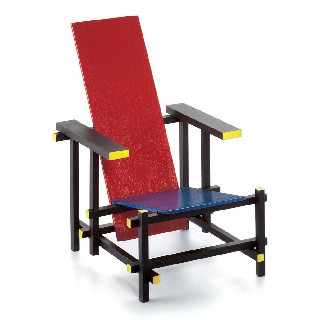 Rood blauwe stoel. Rietveld. 1918