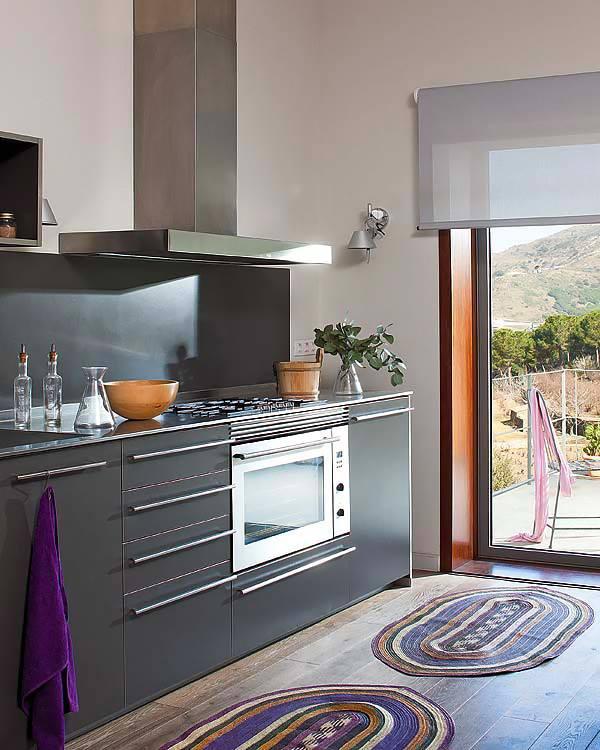 adelaparvu.com despre casa moderna de vcanta Foto Micasa (4)