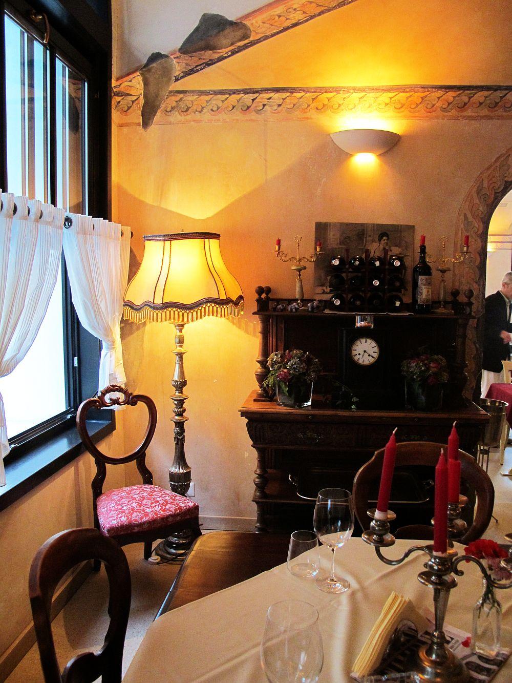 adelaparvu.com despre Cafeneaua Veche (16)