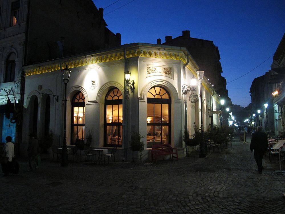 adelaparvu.com despre Cafeneaua Veche (23)