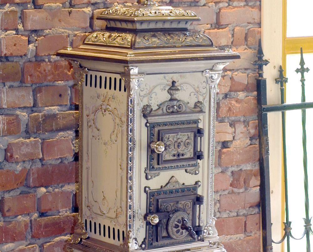 adelaparvu.com despre soba de fonta cu design antic Detaliu soba in stil Art Nouveau (Jugendstil)