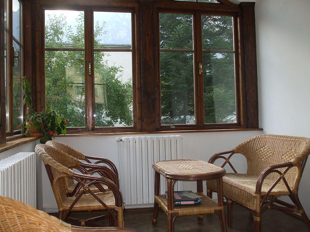 adelaparvu.com despre vila in stil neoromanesc la Busteni restaurare Axa Construct (3)