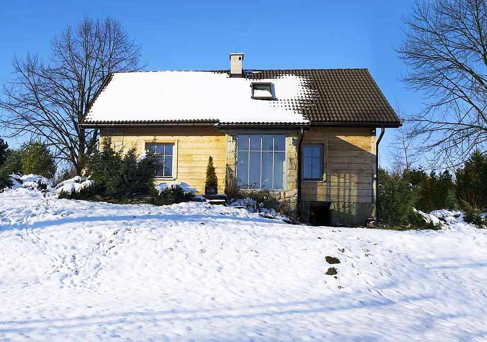 adelaparvu.com despre casa rustica in stil wabi-sabi Foto Aga Blazowska (18)