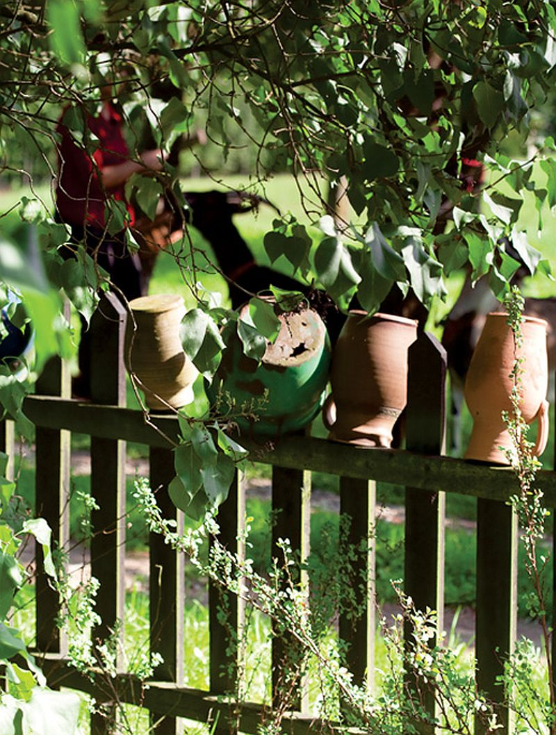 adelaparvu.com despre casuta la tara cu interior colorat Foto Rafal Lipski (11)