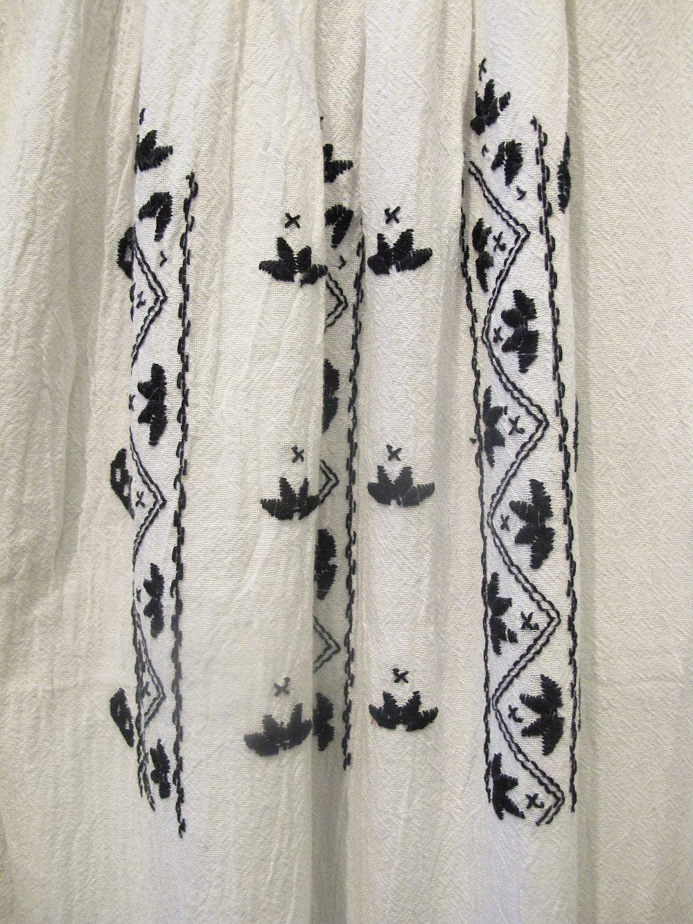 adelaparvu.com about Doina Nistor dolls artisan (7)