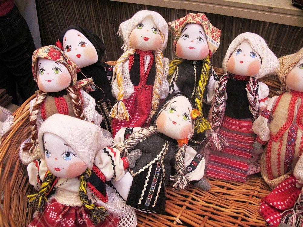 adelaparvu.com about Doina Nistor dolls artisan (9)