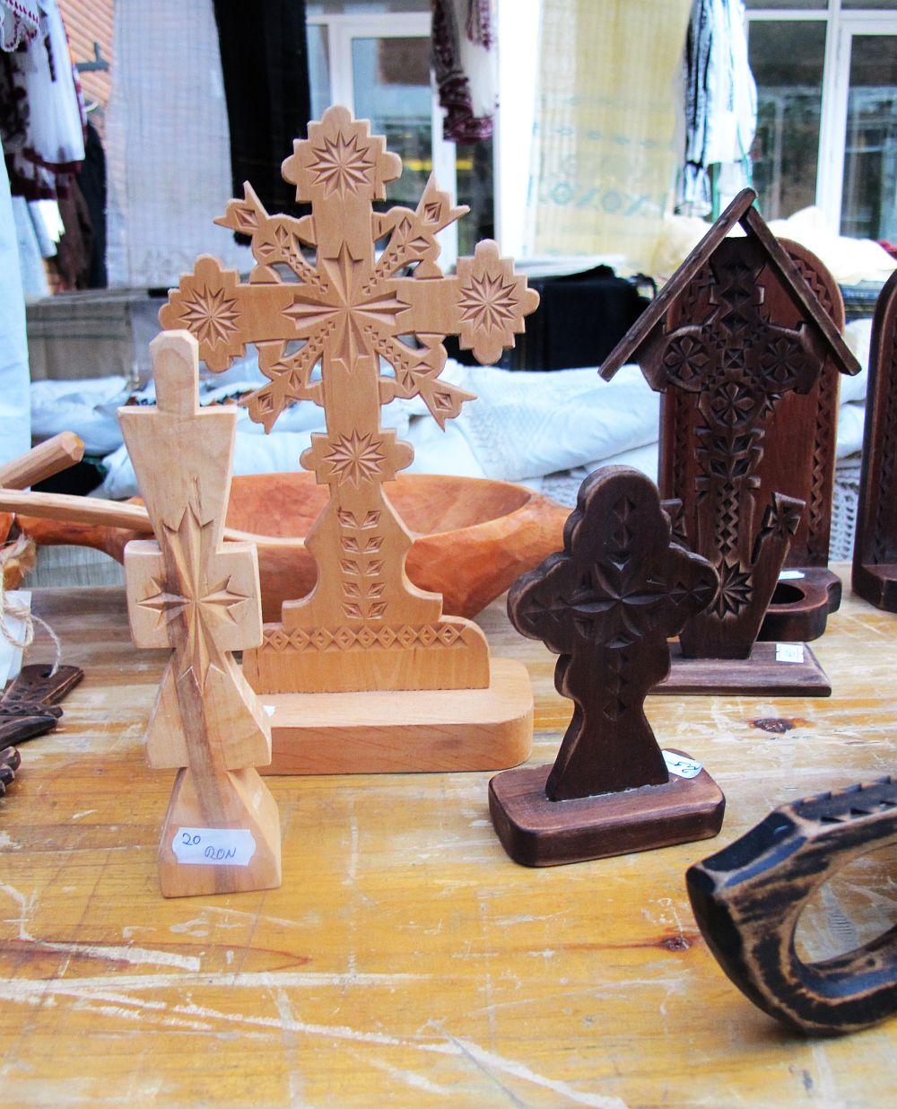 adelaparvu.com about Florin Cramariuc Romanian craftsman (11)