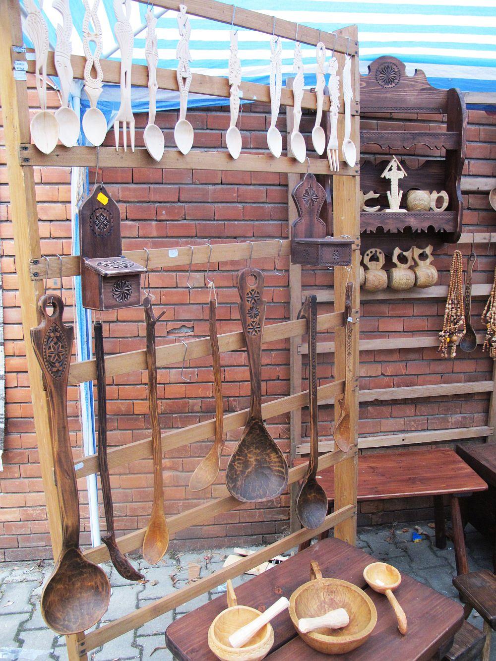 adelaparvu.com about Florin Cramariuc Romanian craftsman (2)