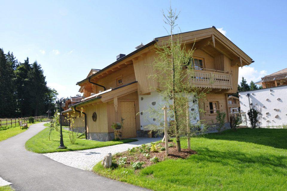 adelaparvu.com about Inns-Holz Austria architect JohannThurner (7)