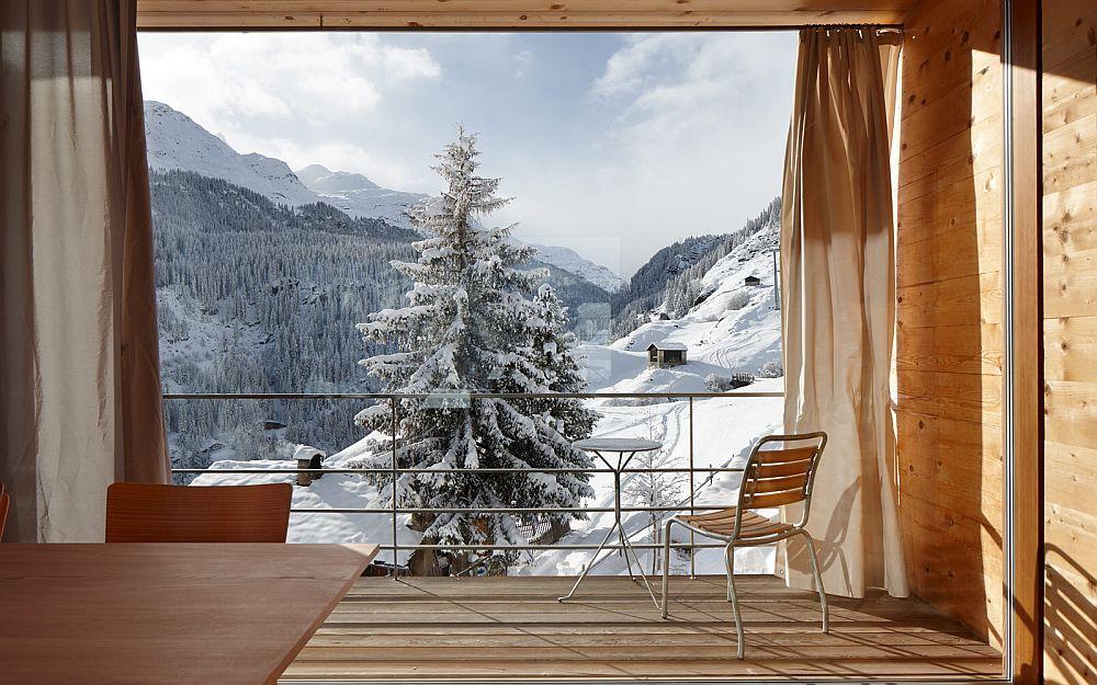 adelaparvu.com about Zumthor Vacantion House Swiss, Architect Peter Zumthor, Photo Ralph Feiner (12)