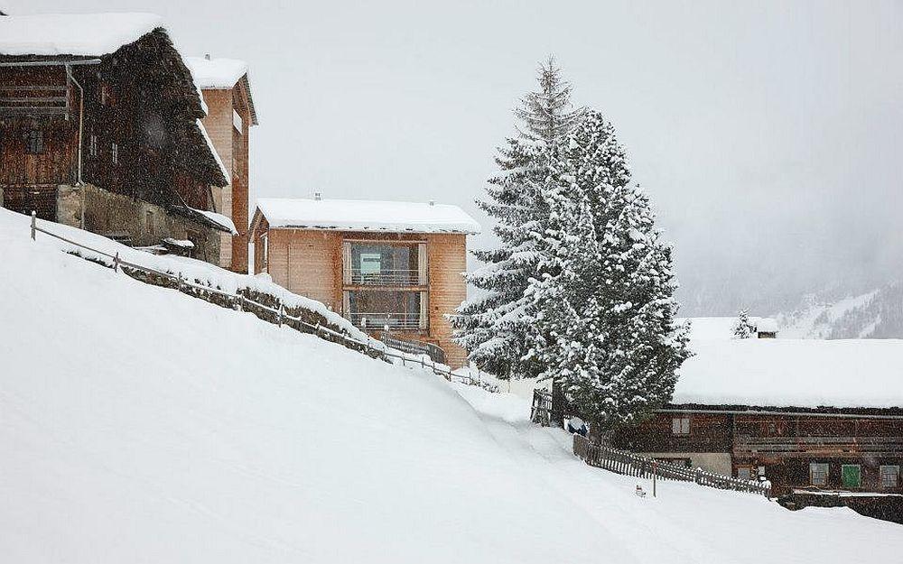 adelaparvu.com about Zumthor Vacantion House Swiss, Architect Peter Zumthor, Photo Ralph Feiner (3)