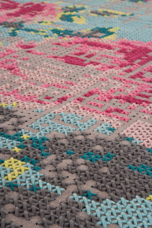 Colectia Canevas Space Designer Charlotte Lancelot Gan Rugs Detaliu covor Flowers Color