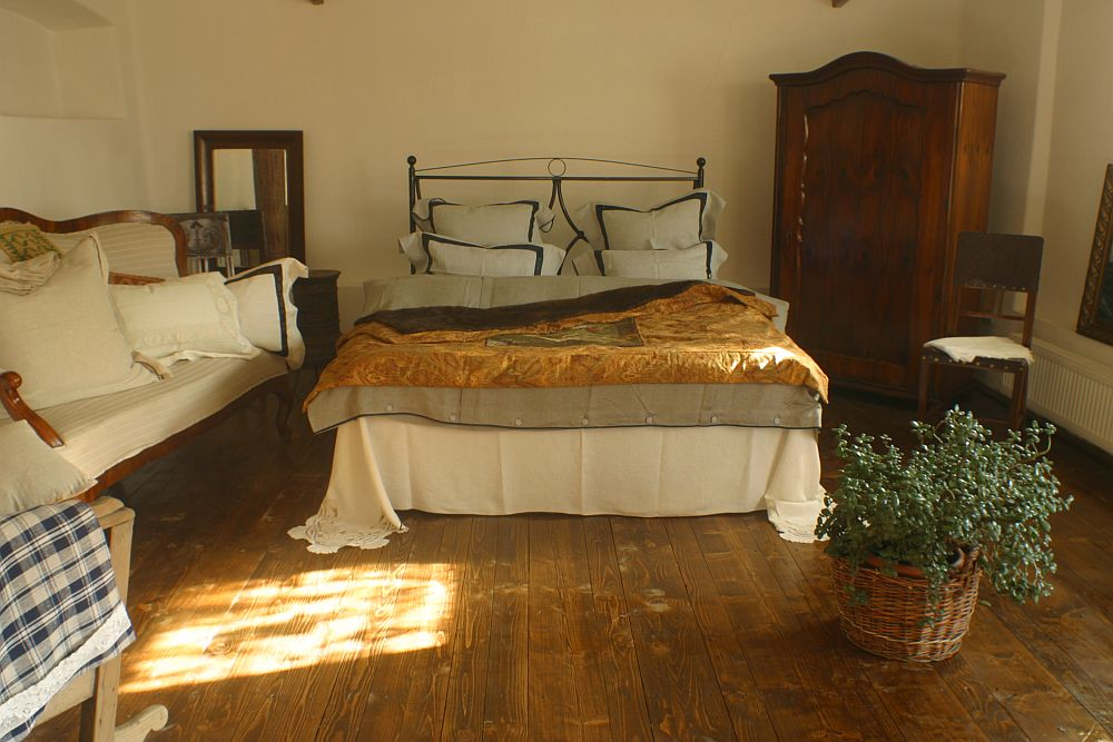 adelaparvu.com despre The Country Hotel Designer Marcela Cosnean (38)