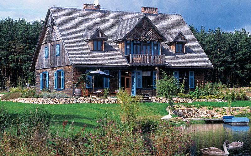 adelaparvu.com despre casa cu obloane albastre Foto Andrew Pisarski (2)