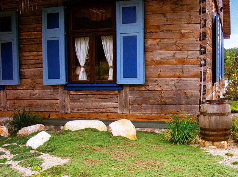 adelaparvu.com despre casa cu obloane albastre Foto Andrew Pisarski (4)