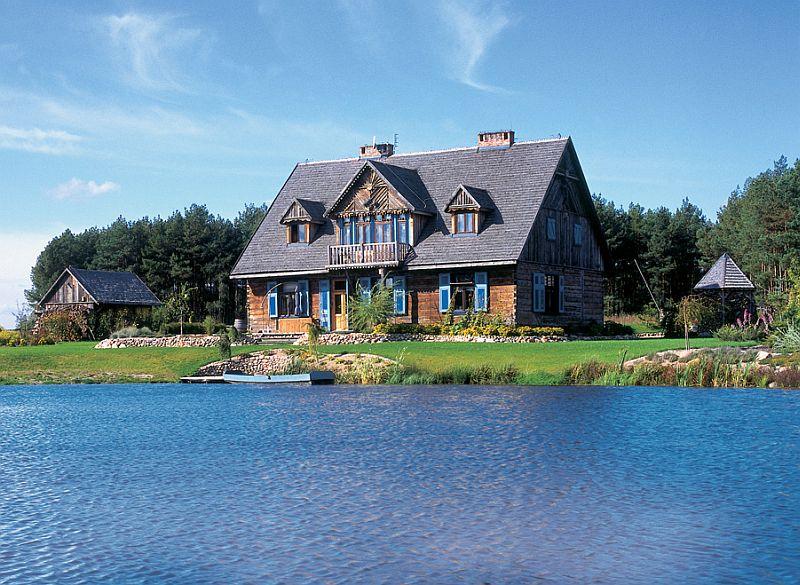 adelaparvu.com despre casa cu obloane albastre Foto Andrew Pisarski (7)