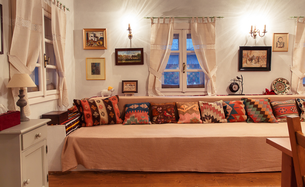 adelaparvu.com despre casa traditionala romaneasca, designeri proprietarii Alina si Ciprian, Foto Catalin Georgescu (4)
