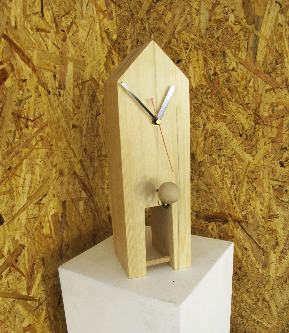Ceasul turn - ceas decorativ  si / sau cuier