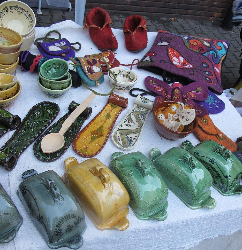 adelaparvu.com despre lampi ceramica si obiecte fetru Kolozsi Ildi (12)