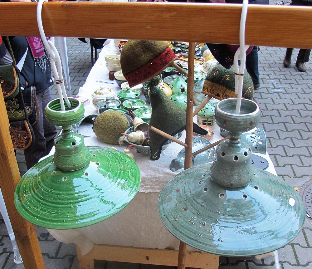 adelaparvu.com despre lampi ceramica si obiecte fetru Kolozsi Ildi (9)