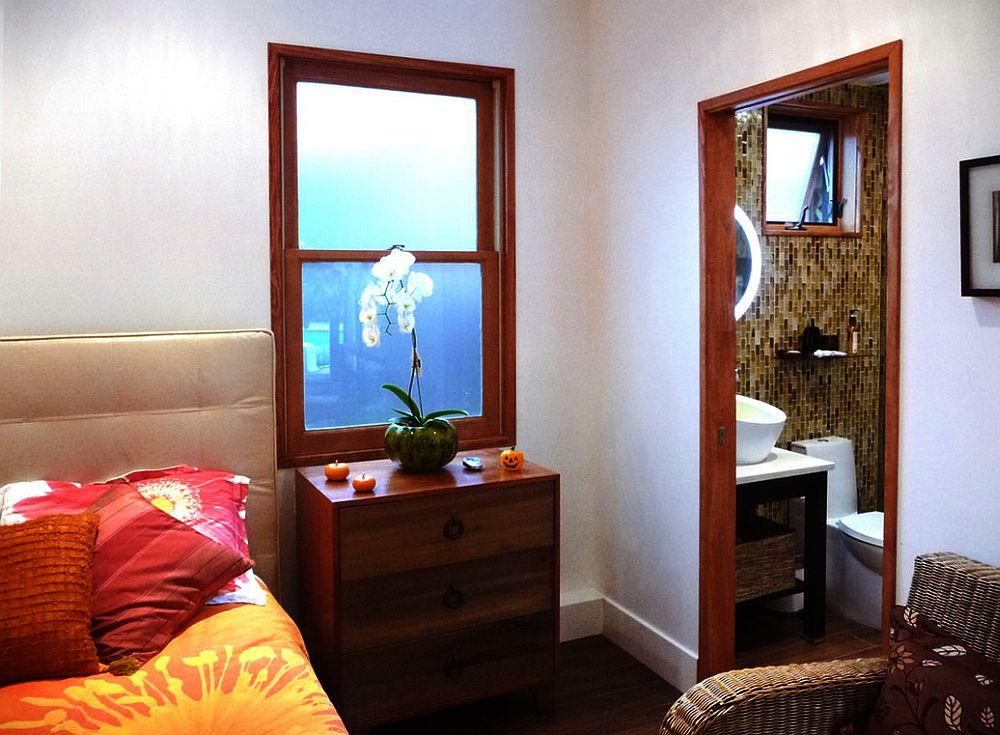 adelaparvu.com un garaj transformat in garsoniera Design Debbie Gliksman Urban Oasis (7)