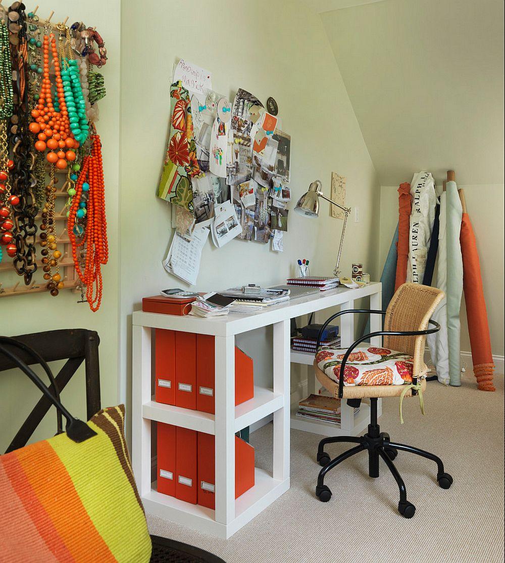 Masa lunga, ingusta si inalta, e o solutie buna pentru spatii inghesuite. Atentie insa la scaun, el trebuie sa fie reglabil, altfel nu ajungi la masa :) Foto Kate Jackson Design