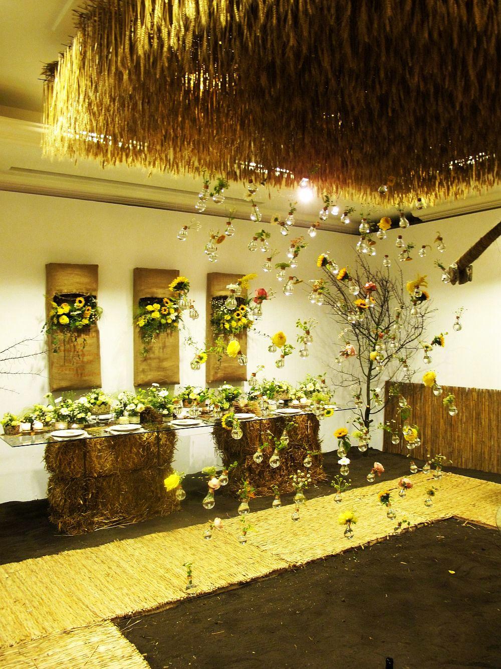 adelaparvu.com about Romanian wedding theme, Floraria Iris stand, floral designer Nicu Bocancea (1)