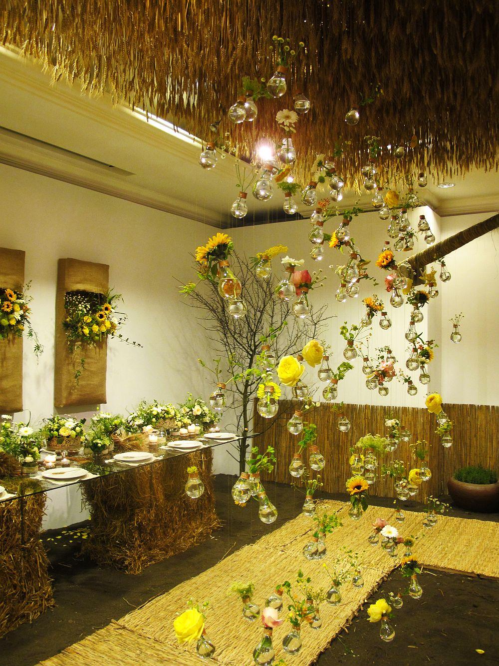 adelaparvu.com about Romanian wedding theme, Floraria Iris stand, floral designer Nicu Bocancea (10)