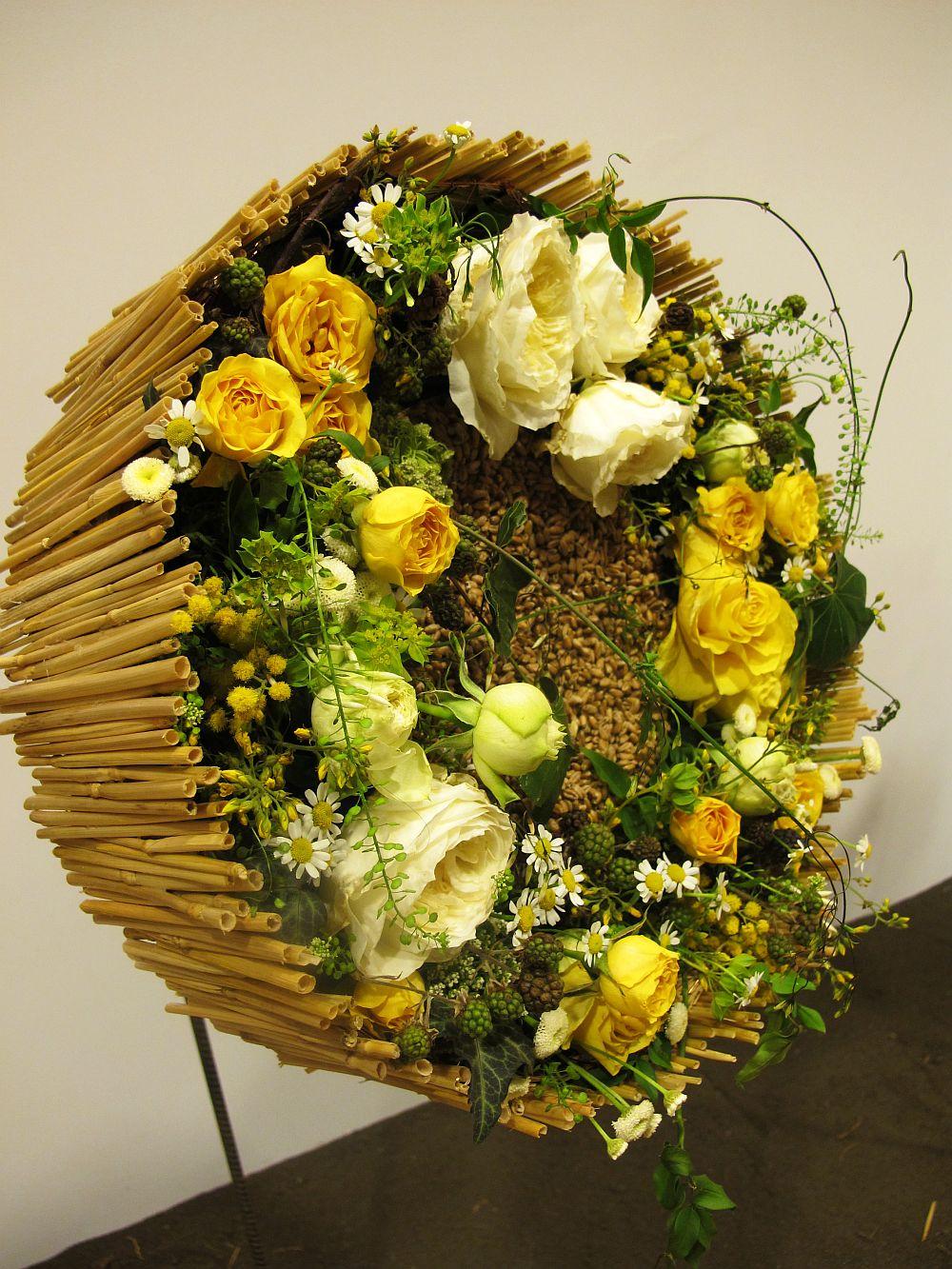 adelaparvu.com about Romanian wedding theme, Floraria Iris stand, floral designer Nicu Bocancea (13)