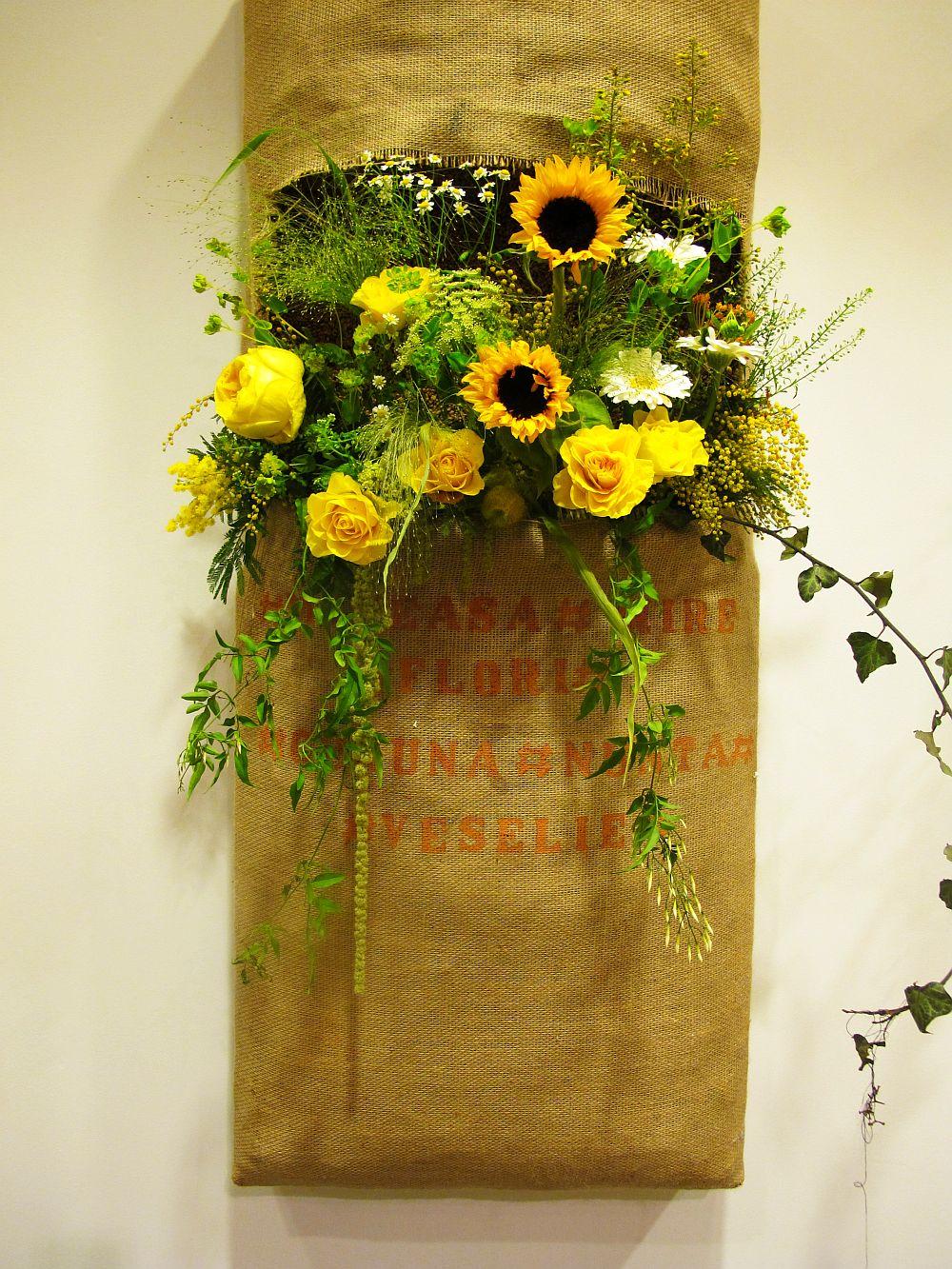 adelaparvu.com about Romanian wedding theme, Floraria Iris stand, floral designer Nicu Bocancea (26)