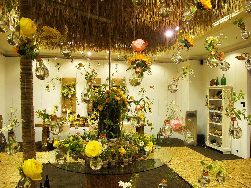 adelaparvu.com about Romanian wedding theme, Floraria Iris stand, floral designer Nicu Bocancea (27)
