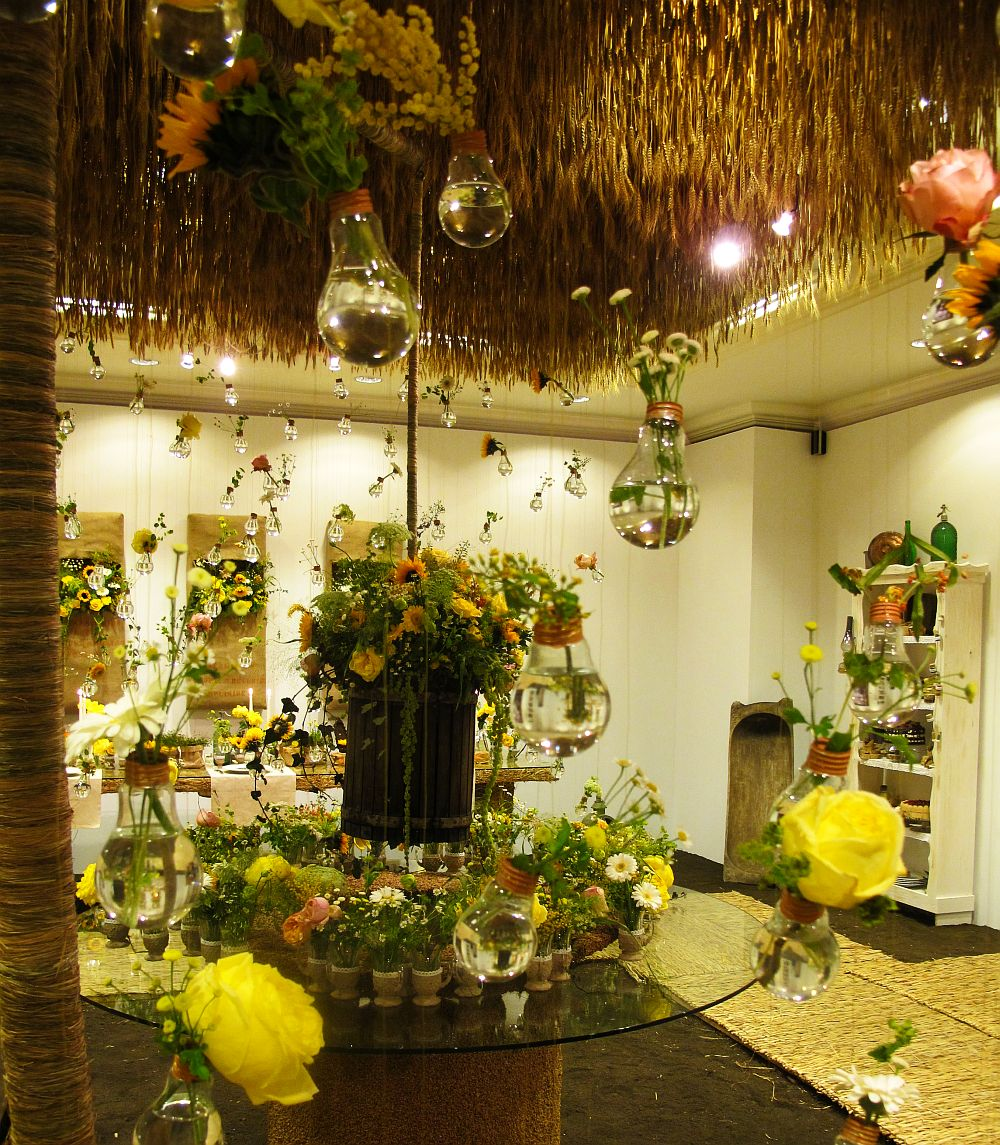 adelaparvu.com about Romanian wedding theme, Floraria Iris stand, floral designer Nicu Bocancea (28)