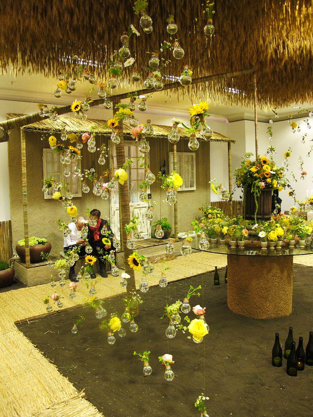 adelaparvu.com about Romanian wedding theme, Floraria Iris stand, floral designer Nicu Bocancea (33)