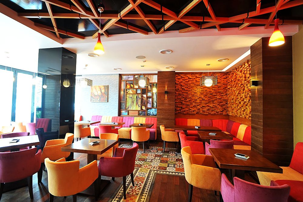 adelaparvu.com about Traffic Restaurant and Lounge Bucharest, Architecture One Design, Photo Adrian Gabriel Nastase (1)