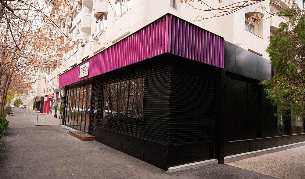 adelaparvu.com about Traffic Restaurant and Lounge Bucharest, Architecture One Design, Photo Goran Drenkov (9)
