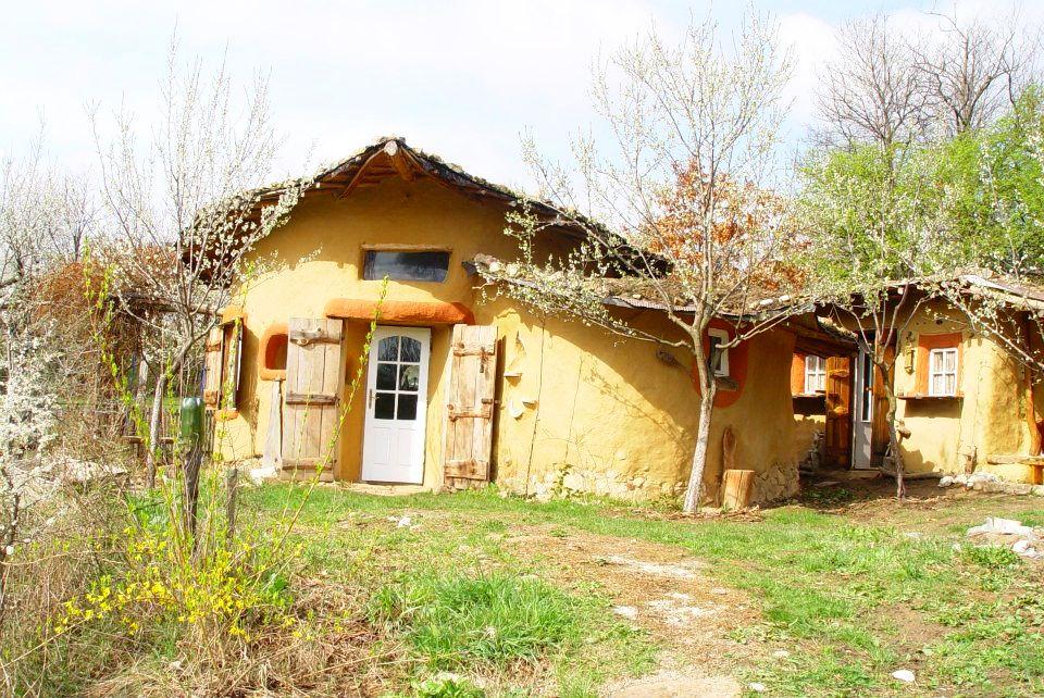 adelaparvu.com about cob house in Romania Sasca Montana village, architect Ileana Mavrodin, Casa Verde, casa de lut (26)