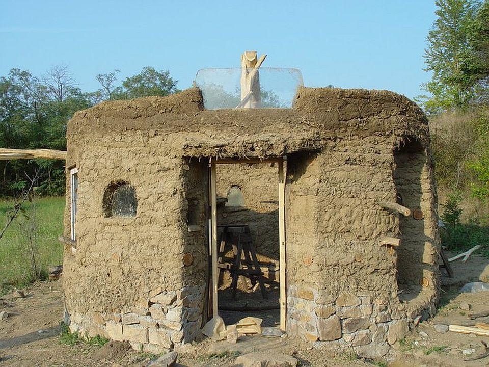 adelaparvu.com about cob house in Romania, Sasca Montana village, architect Ileana Mavrodin, Casa Verde, casa de lut etape de constructie (5)