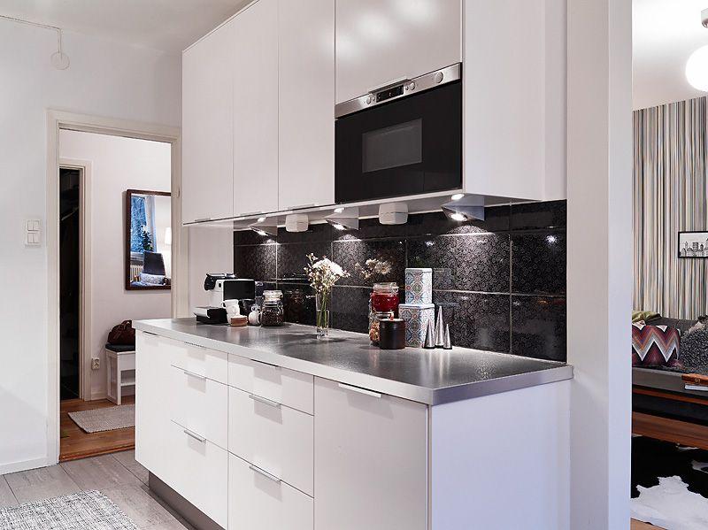 adelaparvu.com despre apartament de doua camere, bucatarie alb cu negru, Foto Jonas Berg (4)