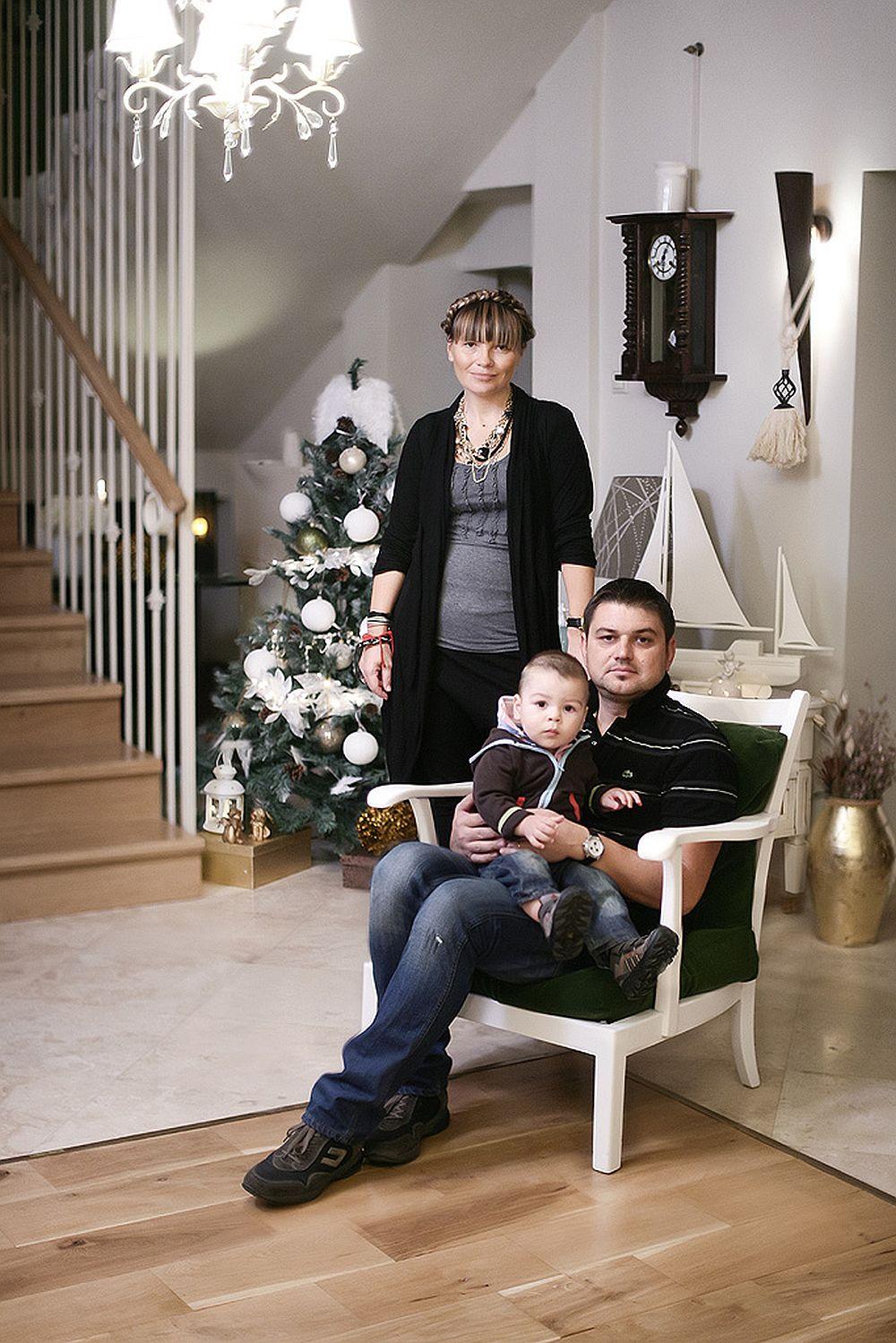 Pictorita Valentina Drutu si familia ei