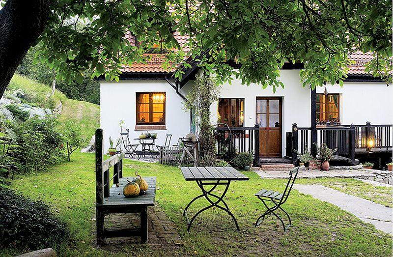 adelaparvu.com despre casa rustica cu atelier de pictura si studio muzical, Foto Jacek Kucharczyk, Weranda Country (3)