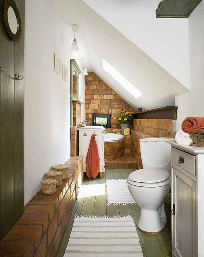 adelaparvu.com despre casa rustica si pensiune la Jemna, Foto Michael Skorupski , Barry Fisher, baie rustica la mansarda  (12)