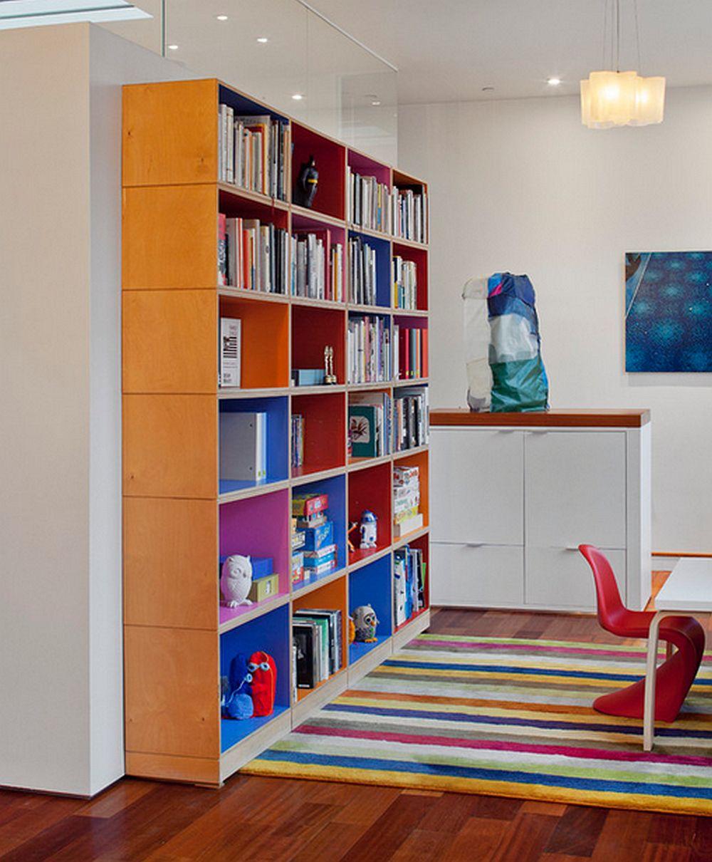 In camera copiilor chiar te poti juca, de fapt sa-i lasi pe ei sa aleaga culorile. Si vezi ca daca vopsesti si lateralele de la interior, efectul decorativ este mai pregnant, foto Mabbott Seidel Architecture