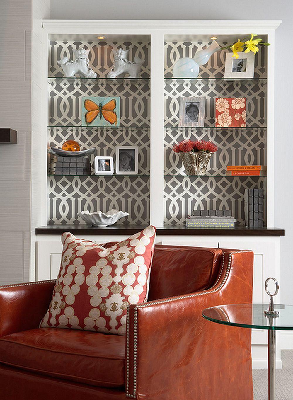 Un model elegant de tapet transforma o vitrina mai goala, dar da si camerei un aer mai sofisticat, foto Martha O'Hara Interiors