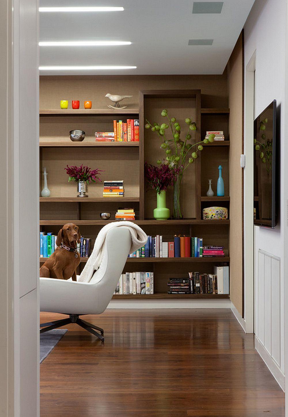 Uite, cel mai simplu e sa alegi un model similar nuantei mobilierului si se va face un contrast frumos cu obiectele colorate, foto gne architecture