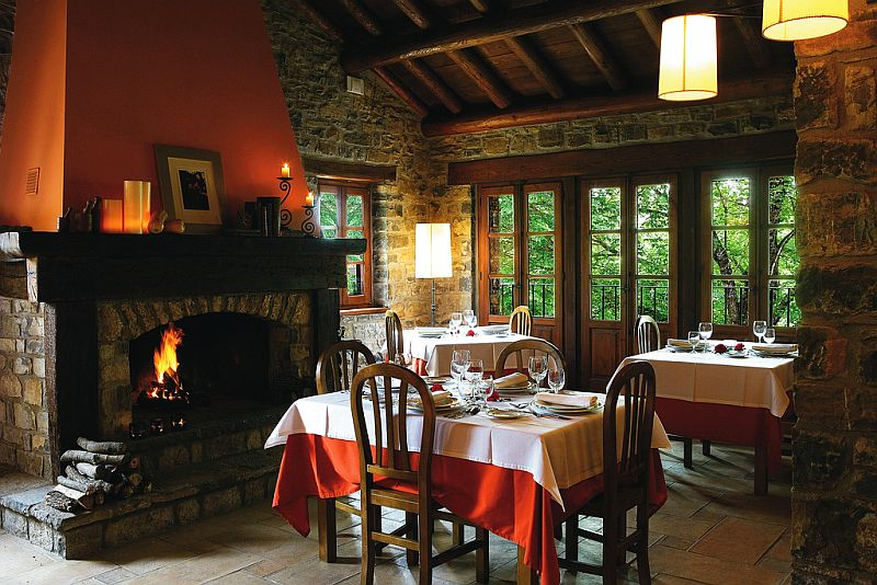 adelaparvu.com despre Casa de San Martin, arhitect Javier Martinz Godin, interior designer Tania Freixenet (4)